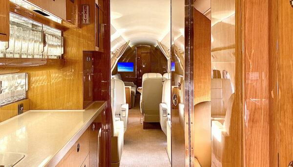 2011 GULFSTREAM G550 SN 5344 interior