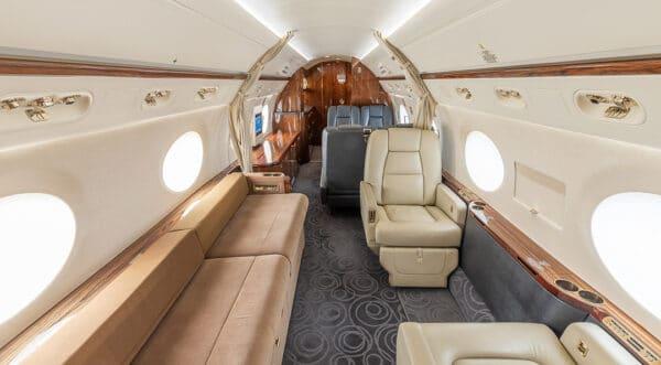 2011 GULFSTREAM G550 S/N 5303 interior